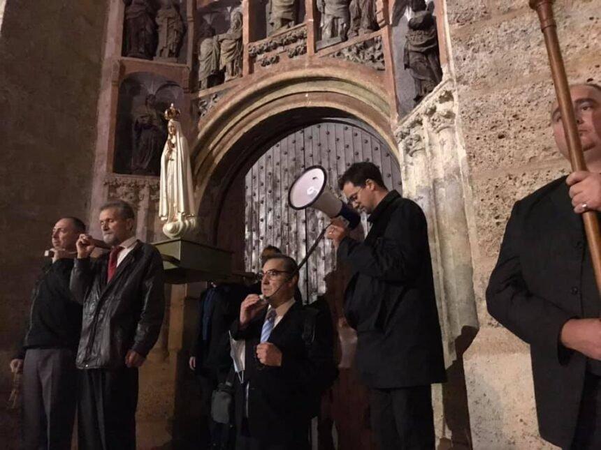 DAN POSLIJE: Vice Batarelo organizirao molitvu na Markovu trgu: Molili smo se za Plenkovića, zastupnike i ustavne suce