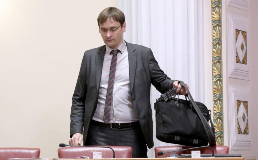 Vučetić komentirao Plenkovićev ovršni tsunami: Ovrhe su jedan segment državnog terorizma