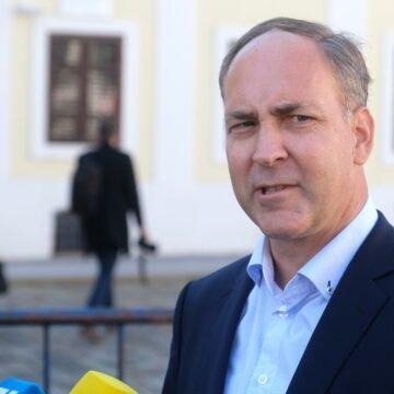 VIDEO: Bartulica se sastao s Jandrokovićem: Kada će Sabor raspravljati o kriminalu u projektu vjetroelektrane Krš-Pađene