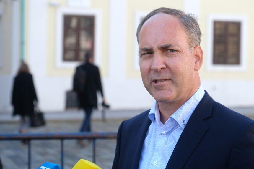 Bartulica: Ljudi su iz Jugoslavije odlazili za boljim životom, a to se i danas događa