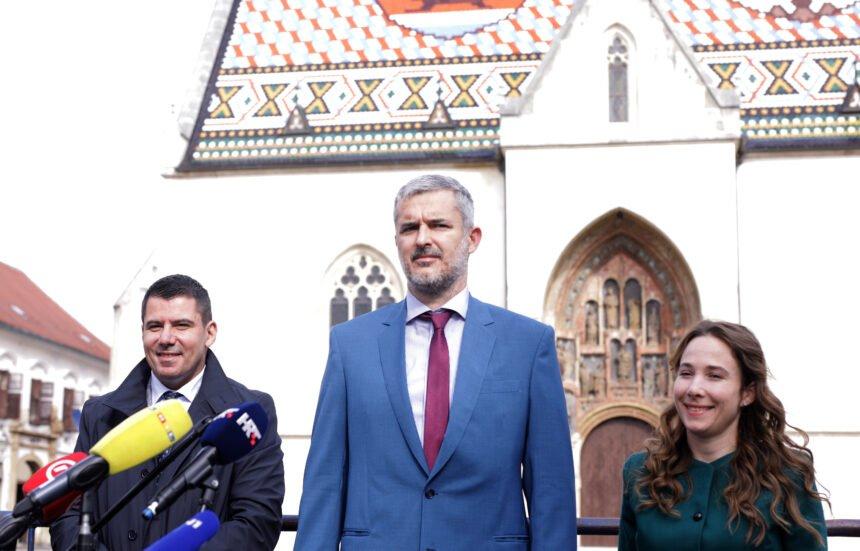 Most protiv Plenkovićeve cenzure: Vlada želi začepiti usta javnosti, a neki mediji su nasjeli na spin
