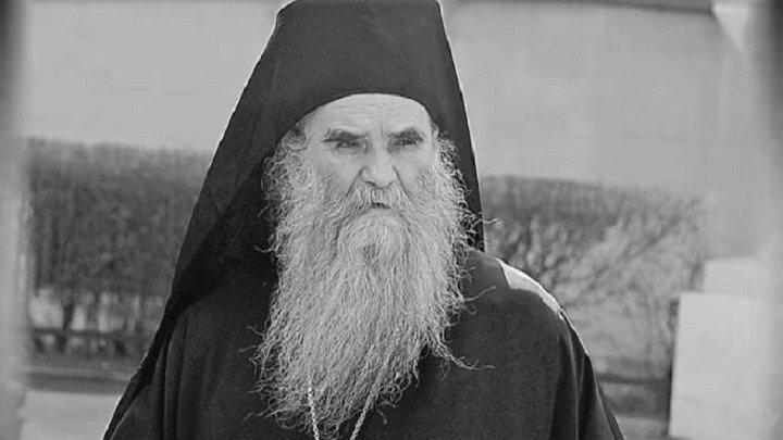 Imao je koronu: Preminuo utjecajni mitropolit Amfilohije Radović