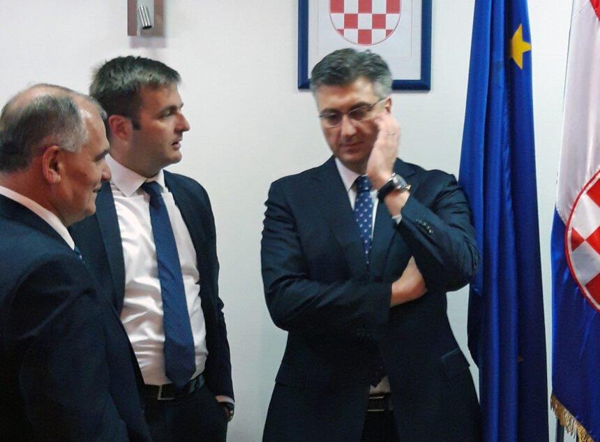 """VIDEO: """"Pravednik"""" uzvratio Plenkoviću i njegovom ministru: Malo je reći da je to što radi Ćorić veleizdaja"""