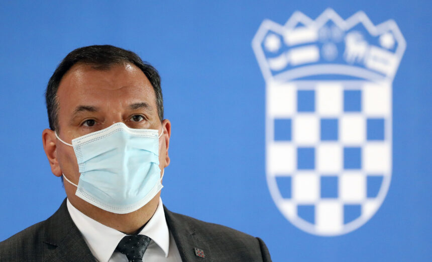 """Vili Beroš postaje """"ravnatelj"""" svim bolnicama u Zagrebu: Doktore će slati iz jedne bolnice u drugu"""