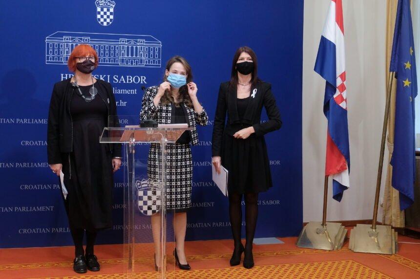 """""""Hercegovačka snajka"""" oštro odgovorila Fashion Guruu: Primitivizam u """"modnim"""" recima"""