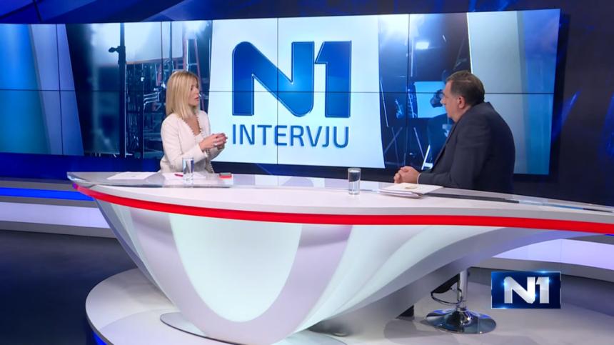VIDEO:  Milorad Dodik nije htio odgovarati na pitanja pa napustio studio
