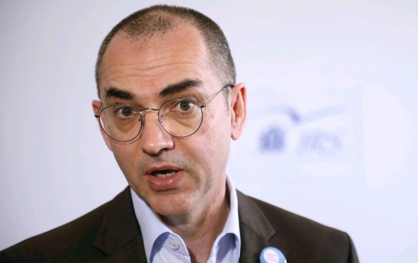 Nenad Bakić ismijava Đikića, Trampuža, Rudana, Štagljara, Kolarića i  ostatak ekipe: Zašto se sekta oštromjeraša ljuti kada ih ljudi nazivaju nekrofilima?