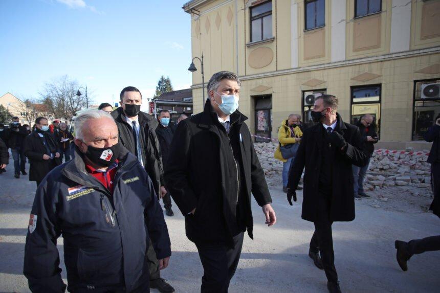 Čačićev reformist Dumbović optužuje HDZ-ovog župana Žinića: Dao je manje novaca Petrinji jer nisam iz HDZ-a