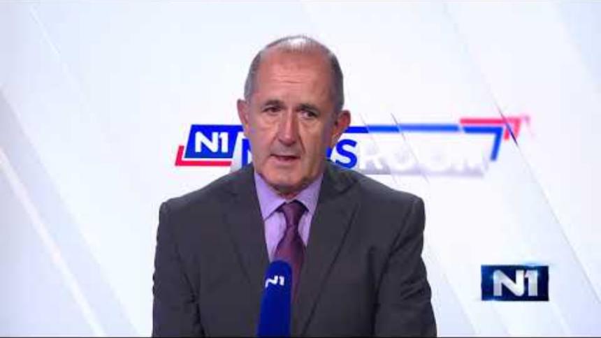 """Profesor Rimac usporedio Plenkovića s Trumpom: Na novinarska pitanja odgovara izrazima: """"Točka"""" ili """"Neću crtati"""""""