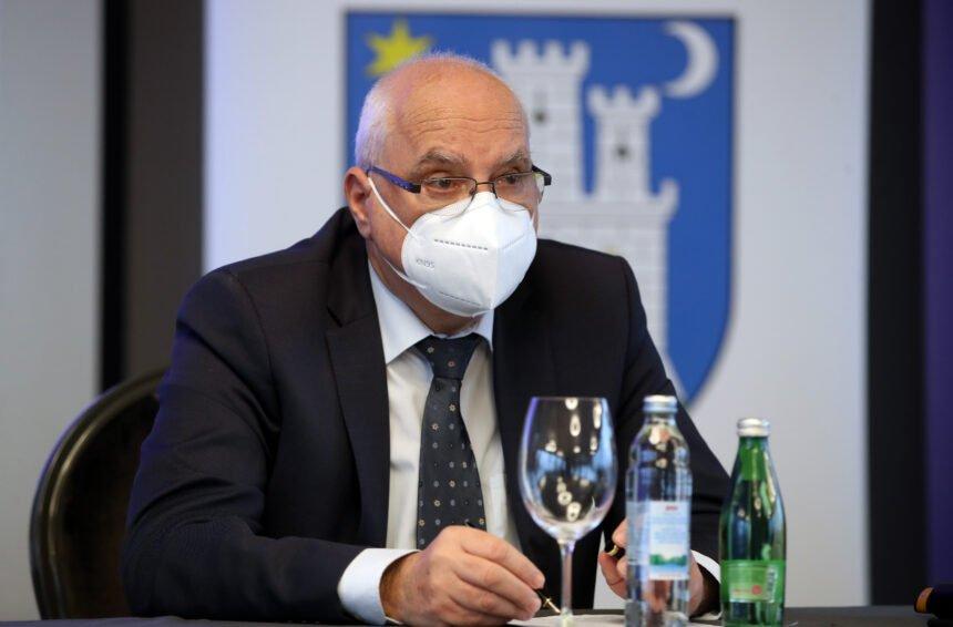 Nešto je čudno: Kako se preko reda cijepio državni tajnik Tomislav Družak