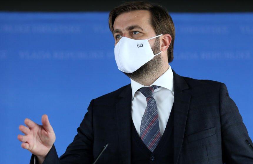 Nitko ne želi (tć) maskicu: Evo kako je novinarka Nove TV odbila Ćorićevu ponudu