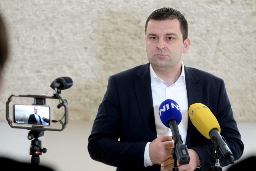 Plenkovićev trbuhozborac Hrebak već pogazio svoju riječ: Ništa od ukidanja prisilnog plaćanja članarine za Burilovićev HGK