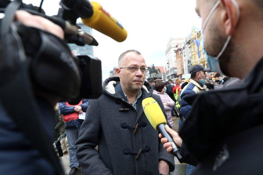 Hasanbegović vrlo kritično o patrijarhu Porfiriju: On je eksponent Aleksandra Vučića, a SPC je politička organizacija