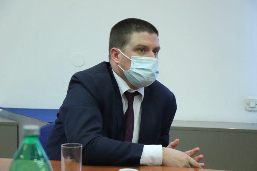 """Butković će ipak popiti kavu u """"rasističkom kafiću"""" u Rijeci: Hoće li zvati župana Komadinu?"""