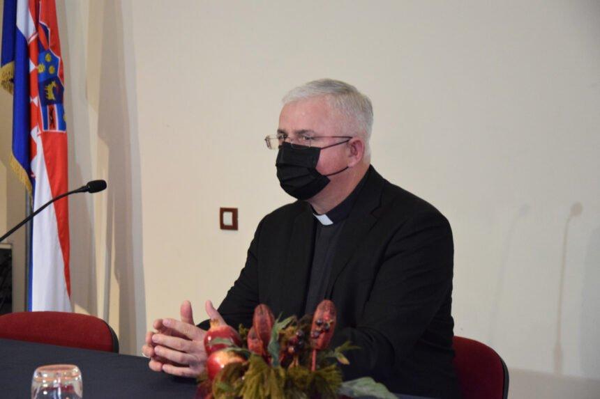 """Ljevičarski mediji i militantni aktivisti već """"spalili vjeroučiteljicu na lomači"""": A ona nije ništa zgriješila"""