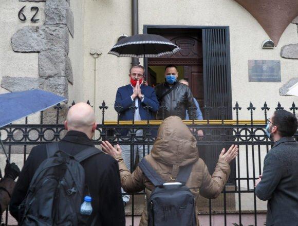 Oglasio se hrvatski veleoslanik u Beogradu: Zastava nije skinuta slučajno