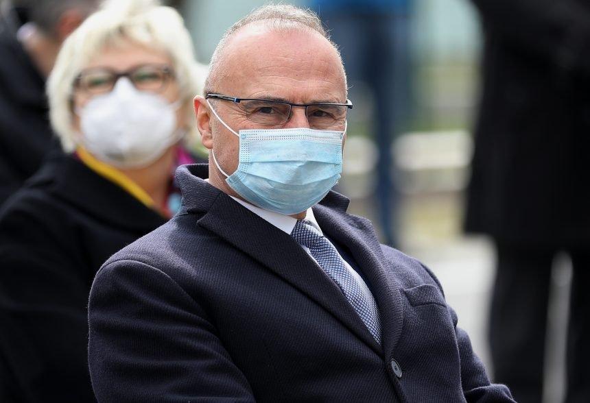 Ministar vanjskih poslova dolio ulje na vatru: Milanović je još na početku karijere ocijenjen kao lijenčina