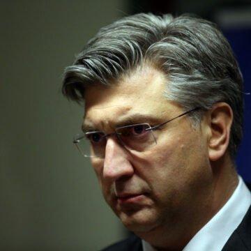Što možemo iščitati iz Plenkovićeve izjave: Vjerojatno će smijeniti Beroša, ali to se u javnosti nikako ne smije prikazati kao pobjeda oporbe