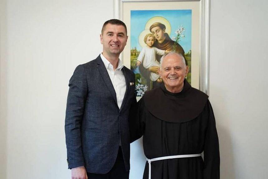 Filipović pozvao u pomoć fra Jozu Zovka: Kršten sam još 1983. godine u jednom selu pokraj Tomislavgrada