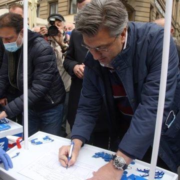 """""""Škorini portali"""" i Faktograf potpuno se slažu: HDZ mimo zakona i procedure skupljao potpise za Davora Filipovića"""