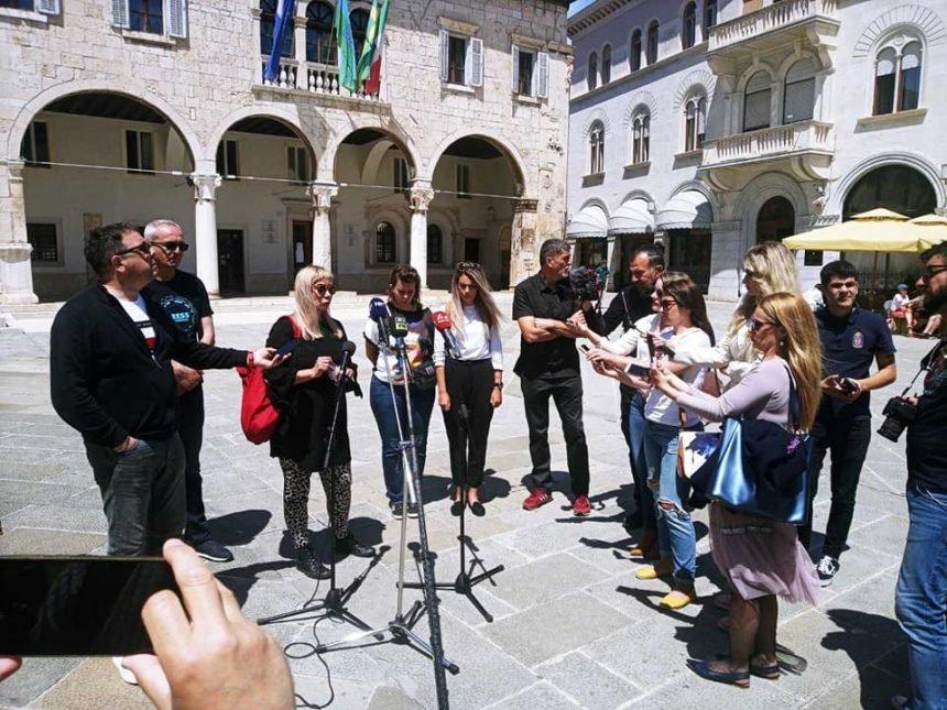 Pobuna novinara u Glasu Istre: Naš glavni urednik navija za IDS i manipulira biračima