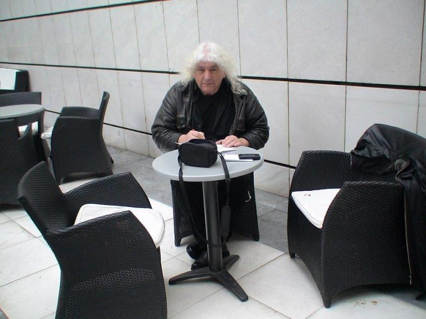 Poznati glazbenik Bruno Langer otkriva: Peđa Grbina izgubio je na izborima za  Mjesni odbor Stoja. Pobijedila ga je moja supruga