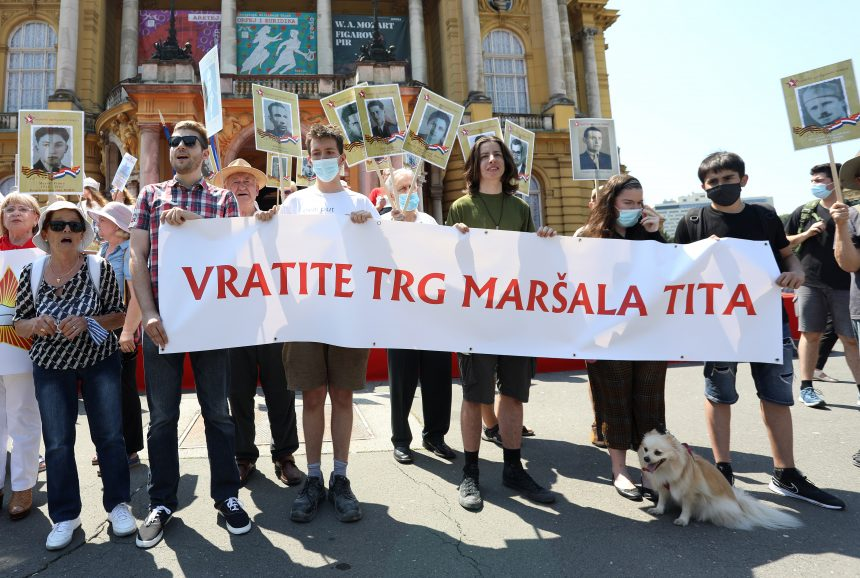 PROVOKACIJA USRED ZAGREBA: Marširaju i traže povratak trga maršala Tita