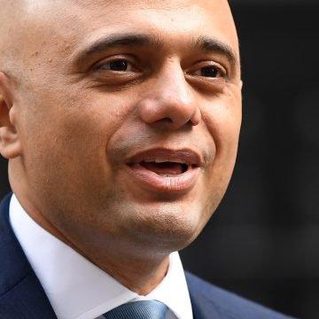 ŠOK U BRITANIJI: Ministar zdravstva  zaražen koronom iako je dobio dvije doze cjepiva