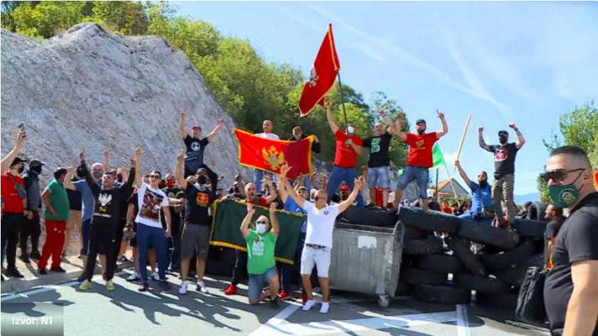 Cetinje na nogama jer ne želi Joanikija u svom manastiru: Ovo nije Srbija