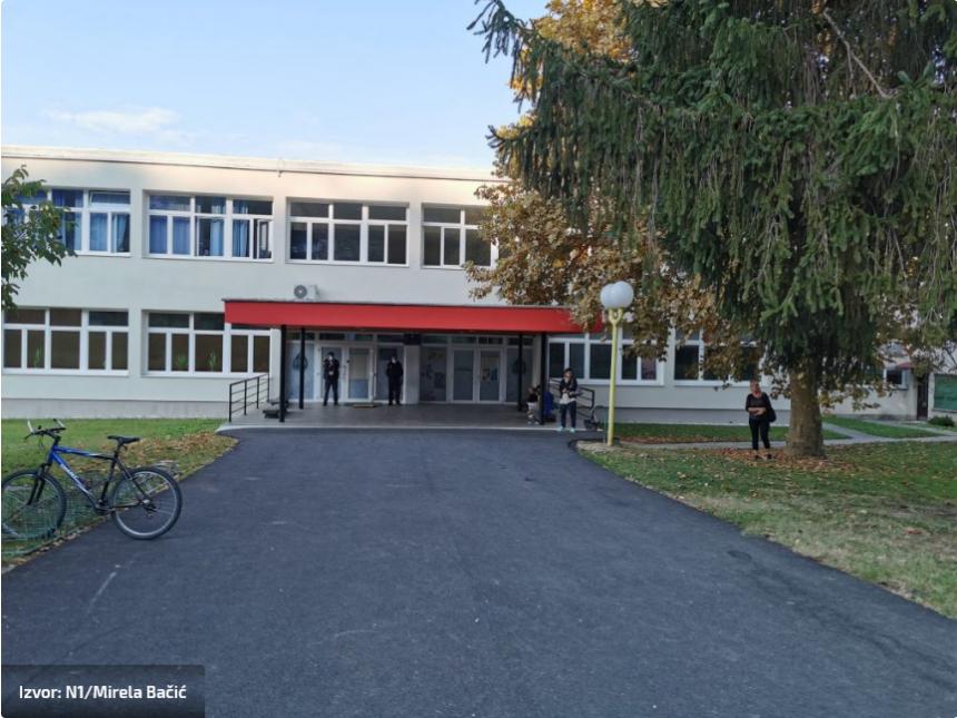Bez milosti: Učenik bez maske ne može u školu